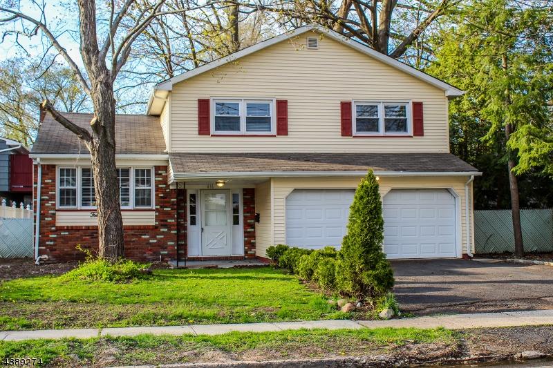 Villa per Vendita alle ore 416 W 4TH Avenue Roselle, New Jersey 07203 Stati Uniti