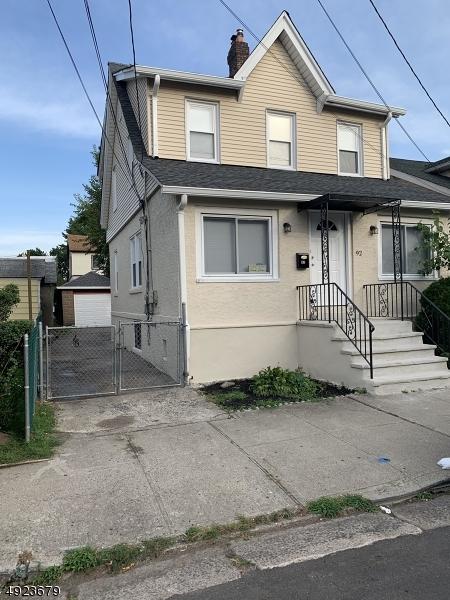 Single Family Homes för Försäljning vid Fairview, New Jersey 07022 Förenta staterna
