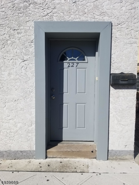 Property للـ Rent في Nutley, New Jersey 07110 United States