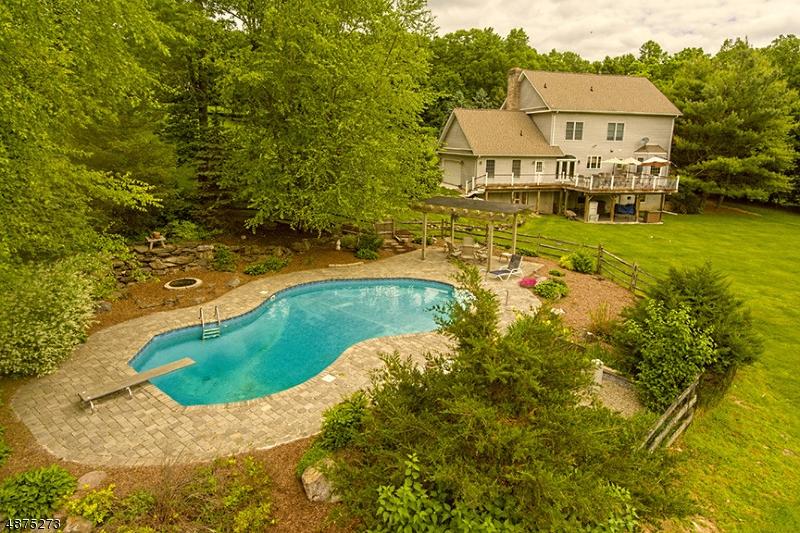 Single Family Homes 為 出售 在 Green Township, 新澤西州 07821 美國