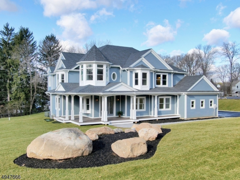 Single Family Homes vì Bán tại Upper Saddle River, New Jersey 07458 Hoa Kỳ