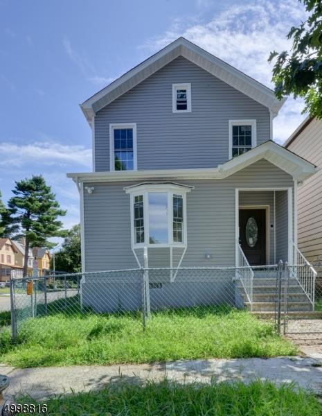 Single Family Homes por un Venta en East Orange, Nueva Jersey 07017 Estados Unidos