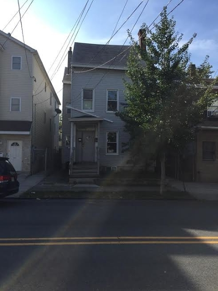 Additional photo for property listing at 136 Lafayette Street  Paterson, New Jersey 07501 United States
