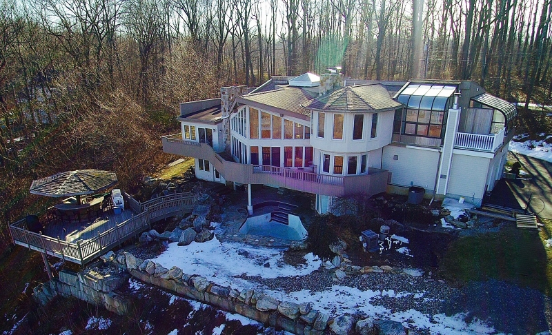Additional photo for property listing at 4 VISTA Lane  Bloomsbury, New Jersey 08804 United States