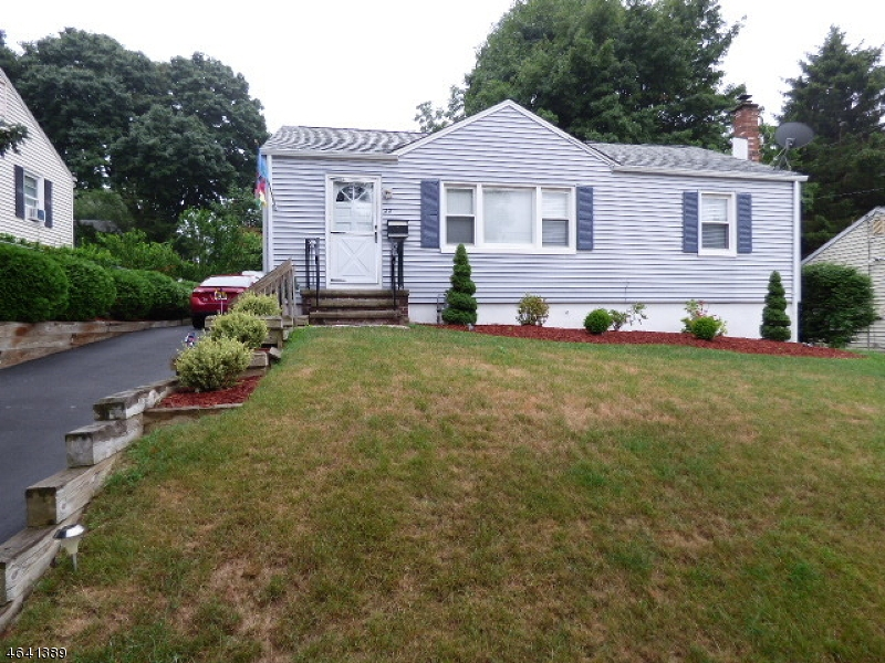Additional photo for property listing at 22 Overlook Avenue  Dover, Нью-Джерси 07801 Соединенные Штаты