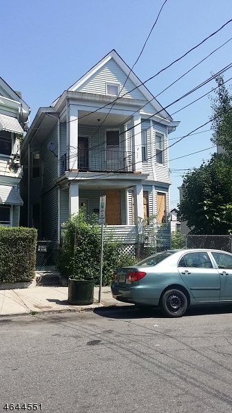Additional photo for property listing at 289 Hamilton Avenue  Paterson, Nueva Jersey 07501 Estados Unidos
