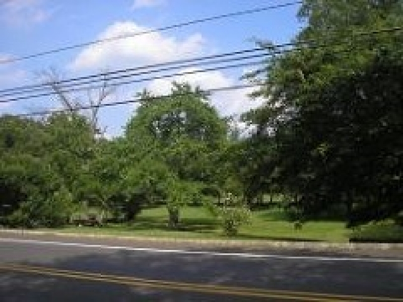 Additional photo for property listing at 483 Elizabeth Avenue  Franklin, New Jersey 08873 États-Unis