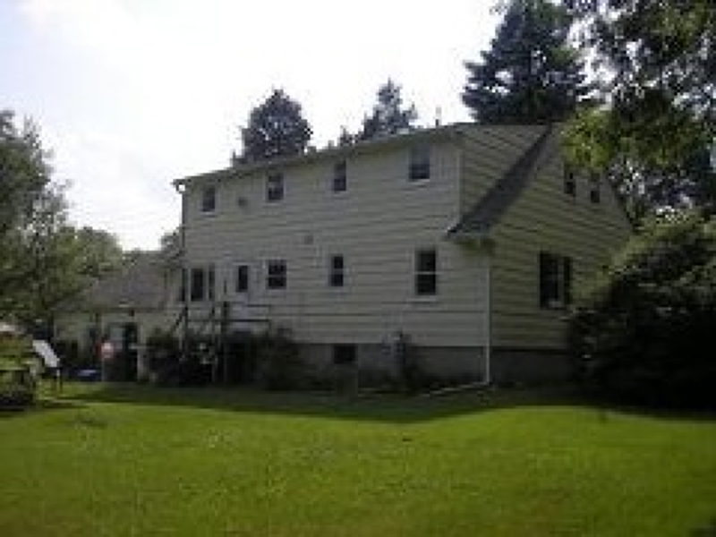 Additional photo for property listing at 483 Elizabeth Avenue  Somerset, New Jersey 08873 United States