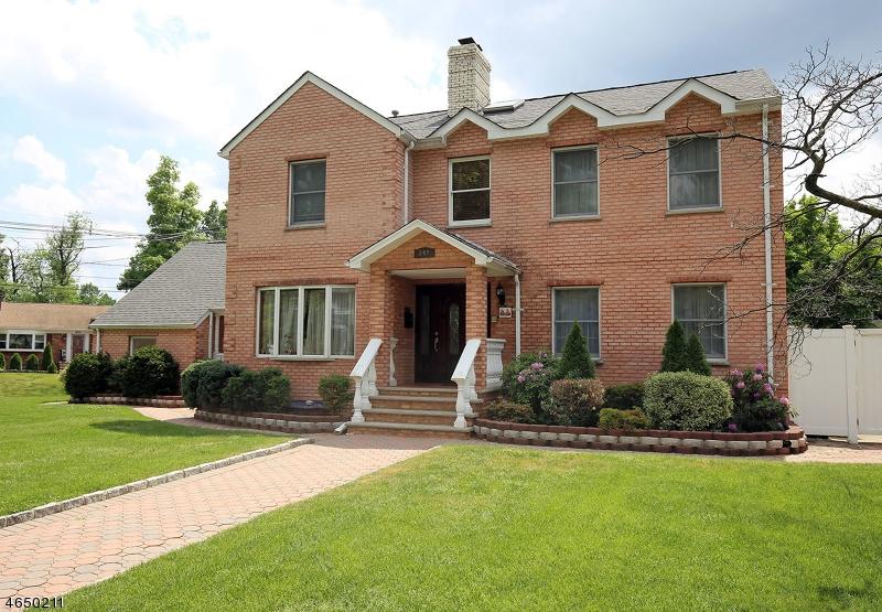 Частный односемейный дом для того Продажа на 340 Cambridge Drive Union, Нью-Джерси 07083 Соединенные Штаты