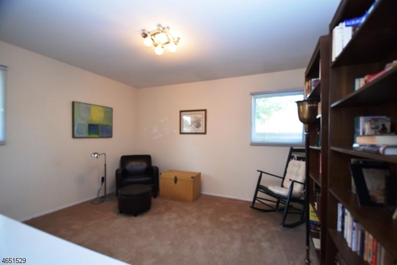 Additional photo for property listing at 5 Avon Road  Springfield, Nueva Jersey 07081 Estados Unidos