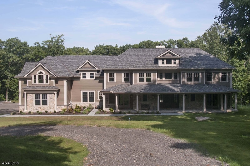Single Family Home for Sale at 111 Boulderwood Drive Bernardsville, 07924 United States