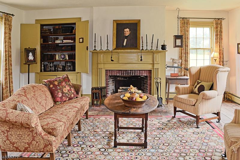 Additional photo for property listing at 24 Fredonia Road  Newton, Нью-Джерси 07860 Соединенные Штаты