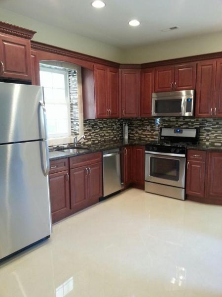 Casa Unifamiliar por un Alquiler en 126 Locust Avenue Wallington, Nueva Jersey 07057 Estados Unidos