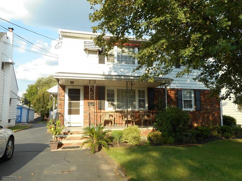 Maison unifamiliale pour l à louer à 136 Valpeck Avenue Raritan, New Jersey 08869 États-Unis