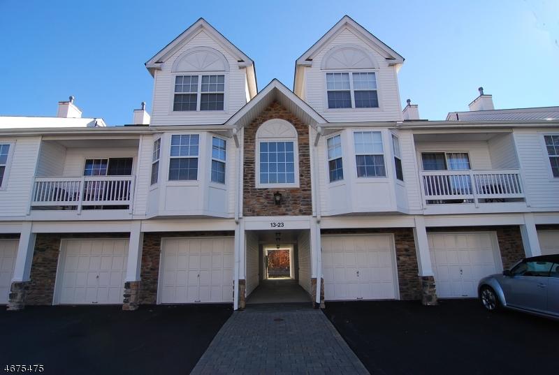 Casa Unifamiliar por un Venta en 23 Whisper Way E Ledgewood, Nueva Jersey 07852 Estados Unidos