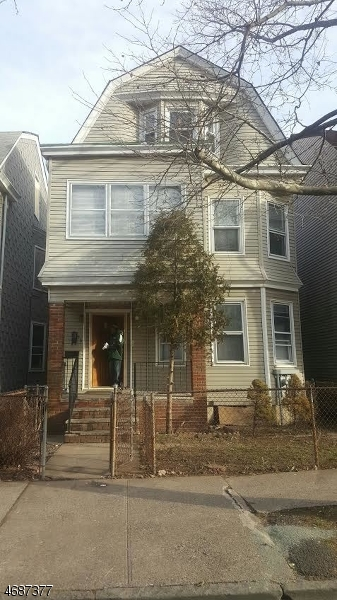 Single Family Home for Rent at 36 N 18th Street East Orange, 07017 United States