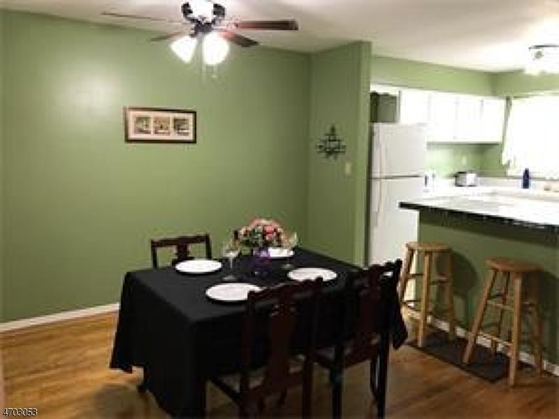 Частный односемейный дом для того Аренда на 38-2 Woodedge Edison, Нью-Джерси 08817 Соединенные Штаты
