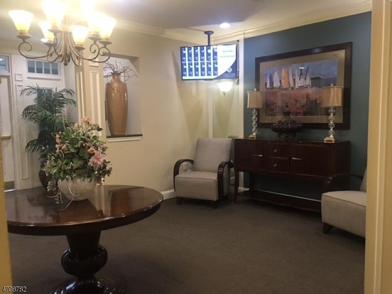 Casa Unifamiliar por un Alquiler en 1405 Wharton Court Riverdale, Nueva Jersey 07457 Estados Unidos