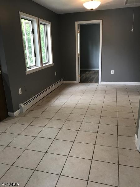 Maison unifamiliale pour l à louer à 20 Grove Street Wanaque, New Jersey 07465 États-Unis