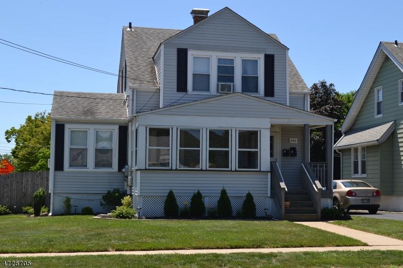 Частный односемейный дом для того Аренда на 446 W Maple Avenue Bound Brook, Нью-Джерси 08805 Соединенные Штаты