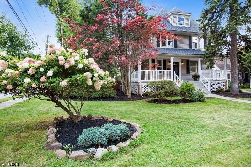 واحد منزل الأسرة للـ Sale في 181 Claremont Avenue 181 Claremont Avenue Verona, New Jersey 07044 United States