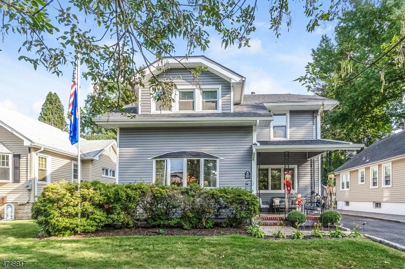 独户住宅 为 销售 在 213 S Union Avenue 克兰弗德, 新泽西州 07016 美国