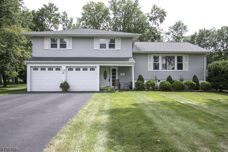 独户住宅 为 出租 在 20 Country Club Road 利文斯顿, 新泽西州 07039 美国