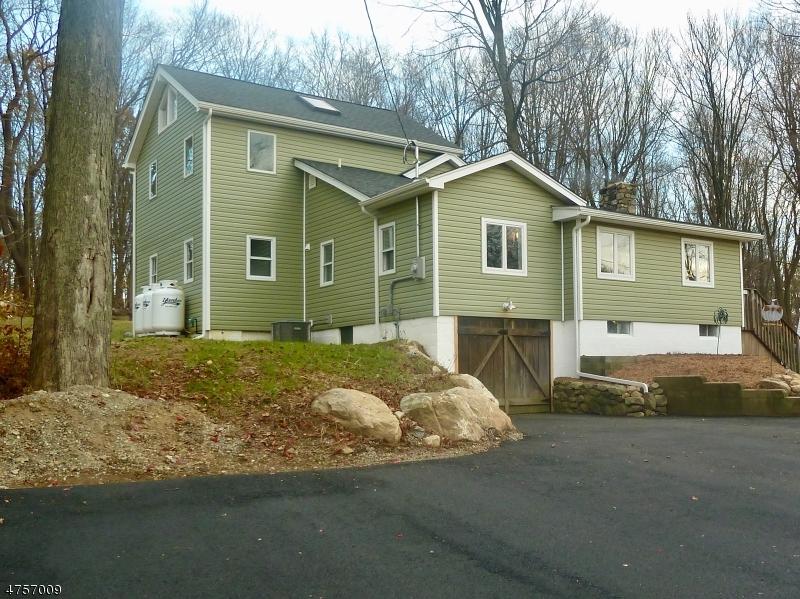 Single Family Home for Sale at 59 Tamarack Trail 59 Tamarack Trail Hardyston, New Jersey 07460 United States