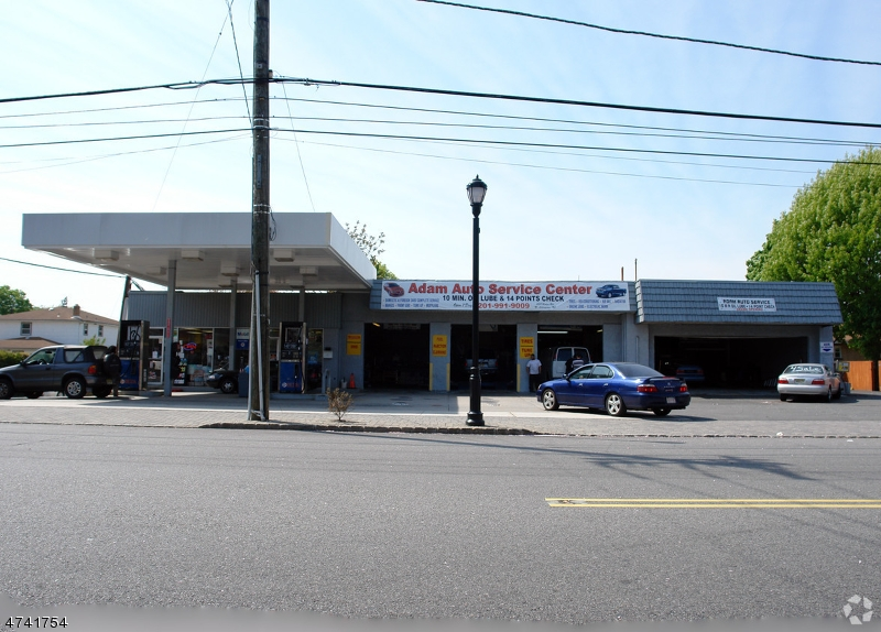 Commercial for Sale at 211 Ridge Road North Arlington, New Jersey 07031 United States