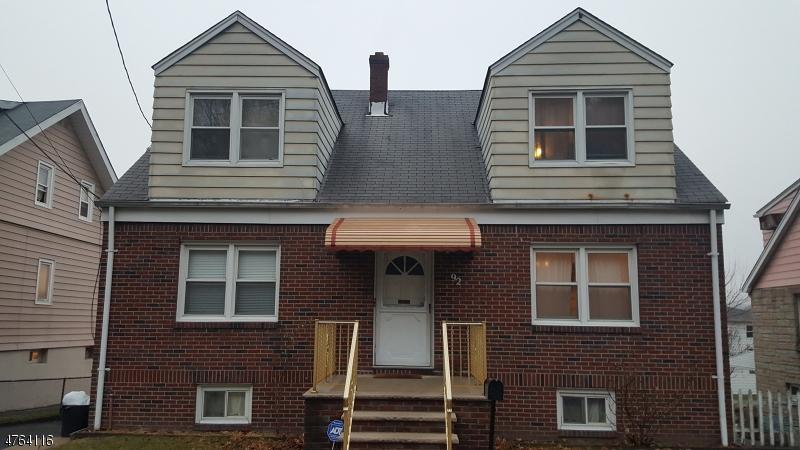 Casa Unifamiliar por un Alquiler en 92 Marcellus Avenue Woodland Park, Nueva Jersey 07424 Estados Unidos