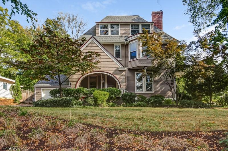 独户住宅 为 销售 在 104 Scotland Road 南奥林奇, 新泽西州 07079 美国