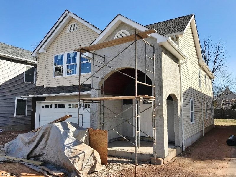 Single Family Home for Sale at 27 W Gibbons Street Linden, New Jersey 07036 United States