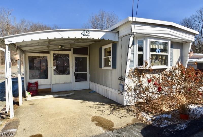 Property para Venda às 42 Makepeace Drive Jefferson Township, Nova Jersey 07438 Estados Unidos