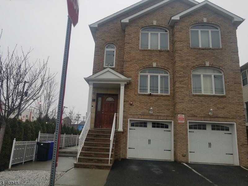 多戶家庭房屋 為 出售 在 171 Clifford Street Newark, 新澤西州 07105 美國