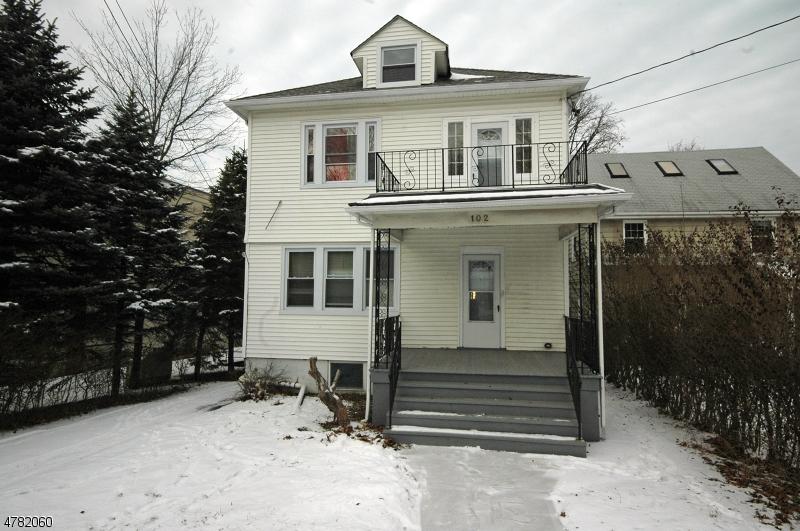 Maison unifamiliale pour l à louer à 102 Pompton Avenue Verona, New Jersey 07044 États-Unis