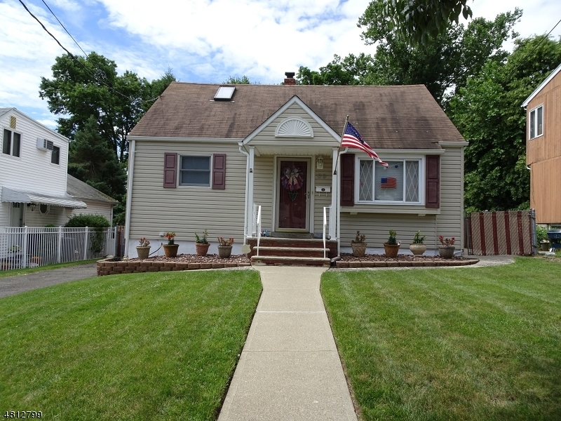 Single Family Home for Sale at 69 TRISTAN RD 69 TRISTAN RD Clifton, New Jersey 07013 United States