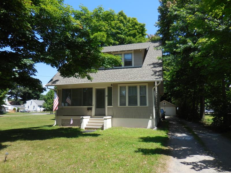 Nhà ở một gia đình vì Thuê tại 23 MAIN ST SUCC Roxbury Township, New Jersey 07876 Hoa Kỳ