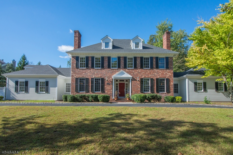 Single Family Home for Sale at 5 HERITAGE Road Florham Park, New Jersey 07932 United States
