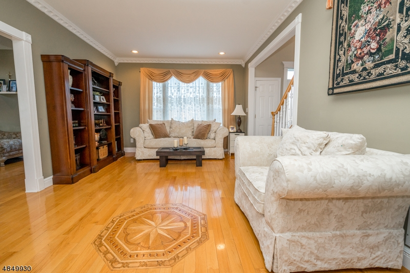Additional photo for property listing at 5 PEOPLES LINE Road  Franklin, New Jersey 08873 United States