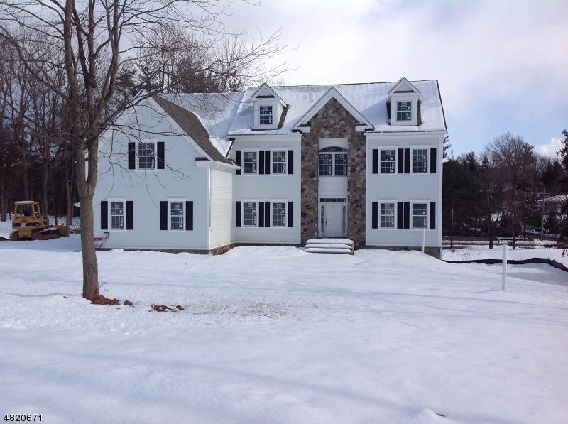 Moradia para Venda às 855 Parsonage Hill Drive Branchburg, Nova Jersey 08876 Estados Unidos