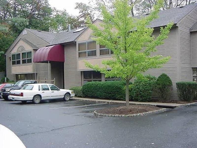 Property pour l à louer à Warren, New Jersey 07059 États-Unis