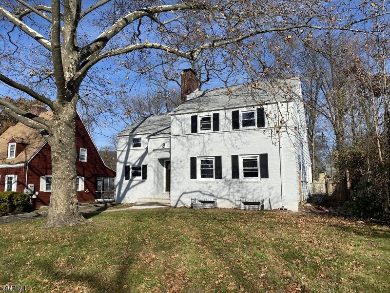 Single Family Homes per Vendita alle ore North Plainfield, New Jersey 07060 Stati Uniti