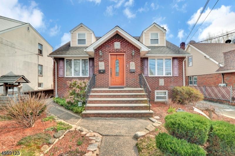 Multi-Family Homes vì Bán tại Garfield, New Jersey 07026 Hoa Kỳ