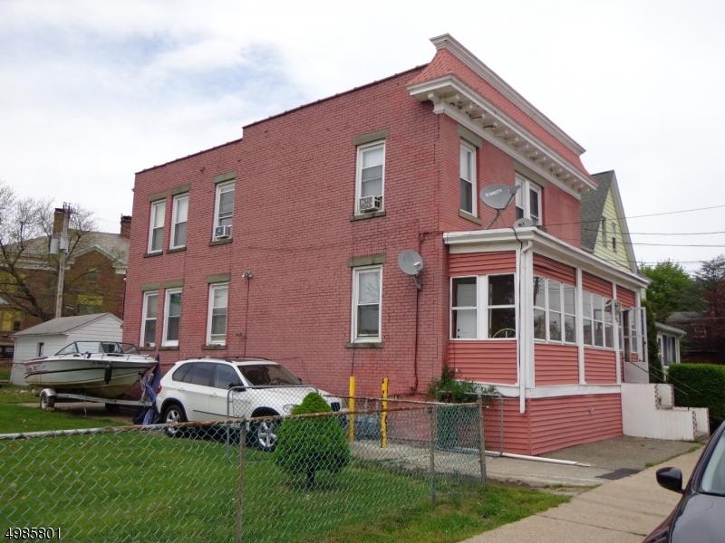 Multi-Family Homes 为 销售 在 Dover Township, 新泽西州 07801 美国