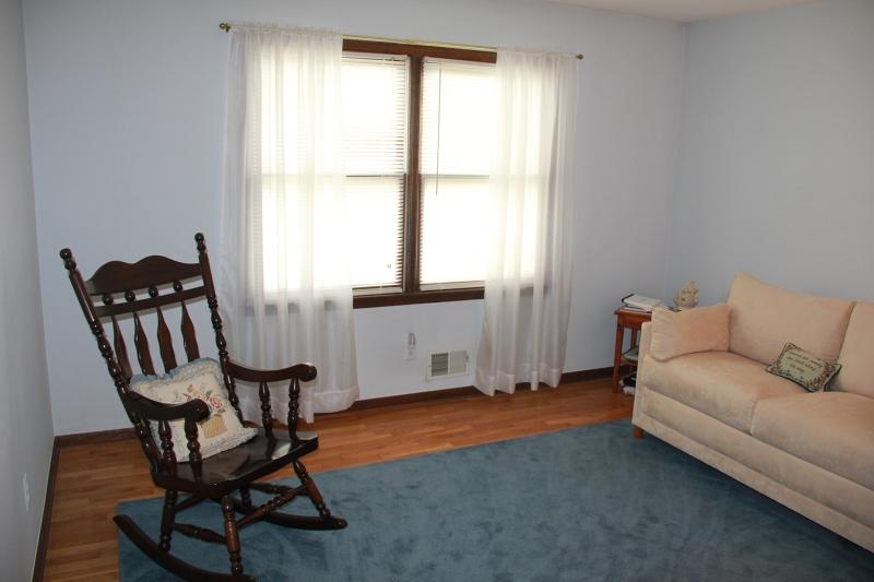 Additional photo for property listing at 311 Summer Road  Neshanic Station, Nueva Jersey 08853 Estados Unidos