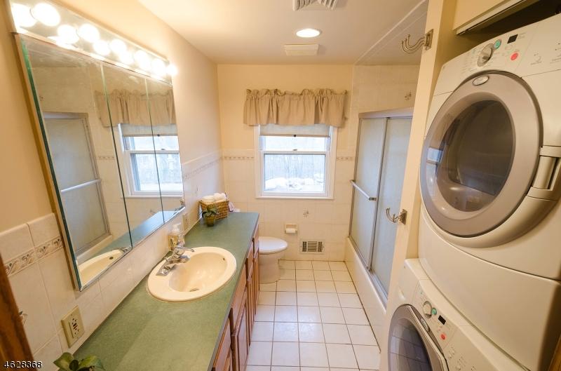 Additional photo for property listing at 13 NORTH CAPE TRAIL  Rockaway, Нью-Джерси 07866 Соединенные Штаты