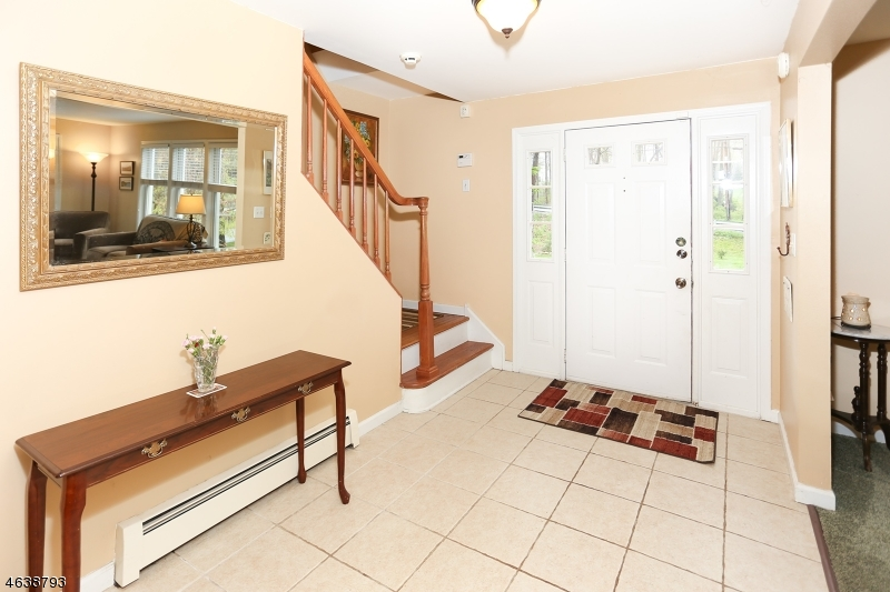 Additional photo for property listing at 590 Glen Road  斯巴达, 新泽西州 07871 美国