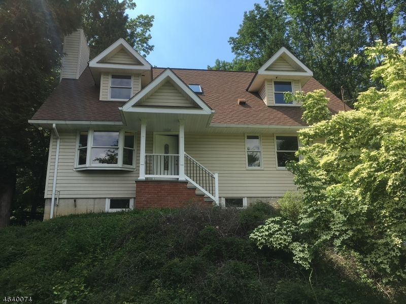 Single Family Home for Rent at 37 Grist Mill Road Randolph, New Jersey 07869 United States