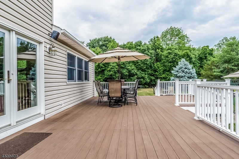 Additional photo for property listing at 35 Coddington Road  Whitehouse Station, New Jersey 08889 United States