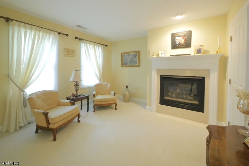 Additional photo for property listing at 29 Brandy Ridge Road  Sparta, New Jersey 07871 United States